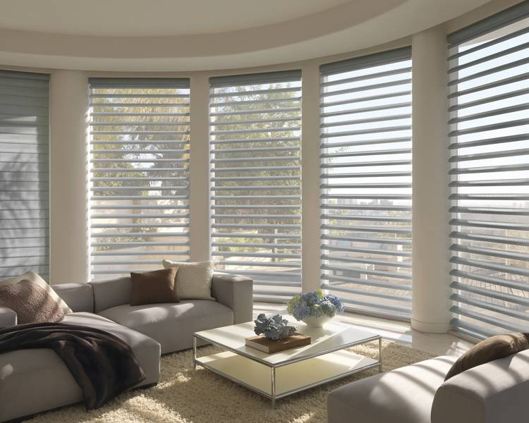 Lounge with white Luxaflex Blinds