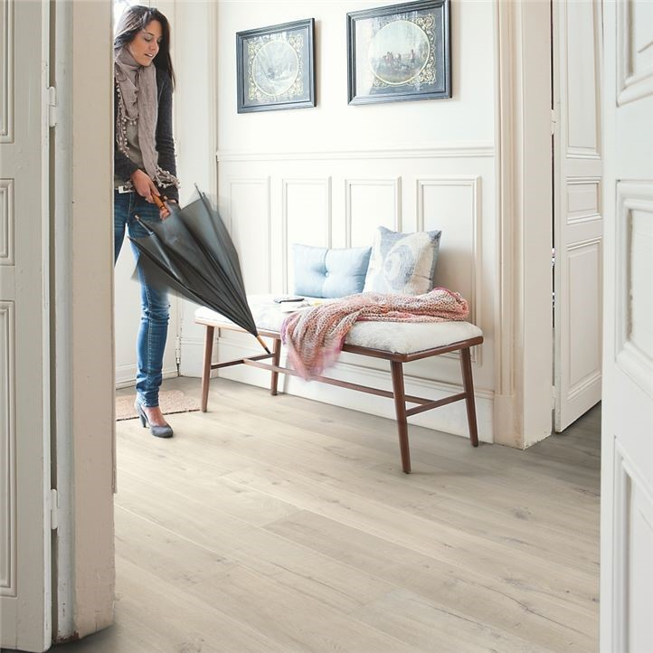 Quickstep – Impressive Soft Oak Light (Laminate)